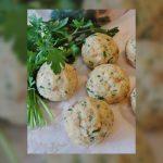 Albóndigas de pan con harina de aceitunas verdes